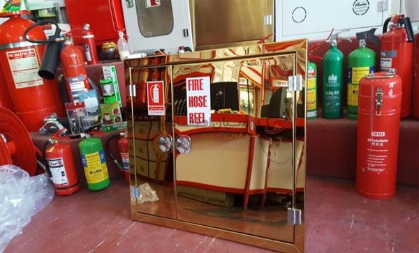 جعبه آتش نشانی تک درب استیل طلایی توکار